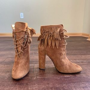 Aquazzura 9.5M lace up sueded brown ankle hi boots